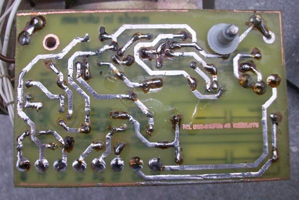 Схема зарядного устройства для SLA аккумулятора на 12V.